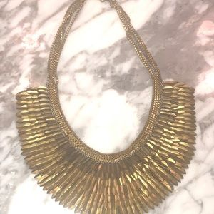 Gorgeous gold necklace